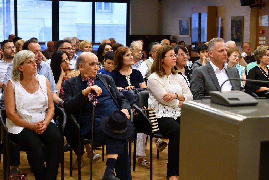 Η ζωή και το έργο του Νίκου Καββαδία μέσα από μια οικουμενική, πολιτισμική προοπτική