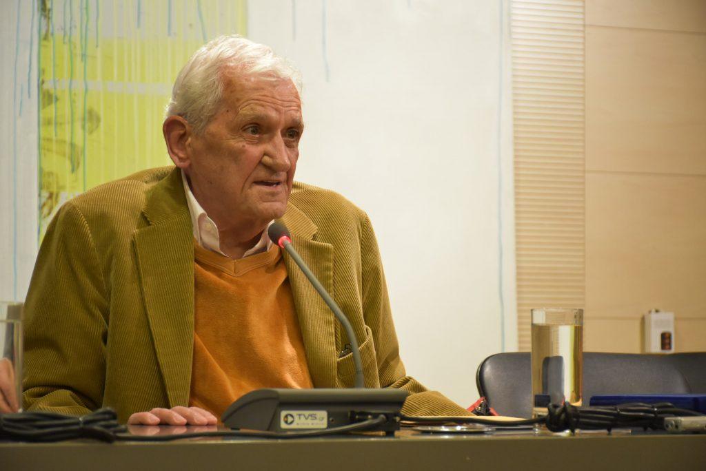 Τιμητική εκδήλωση για τον ποιητή Τίτο Πατρίκιο