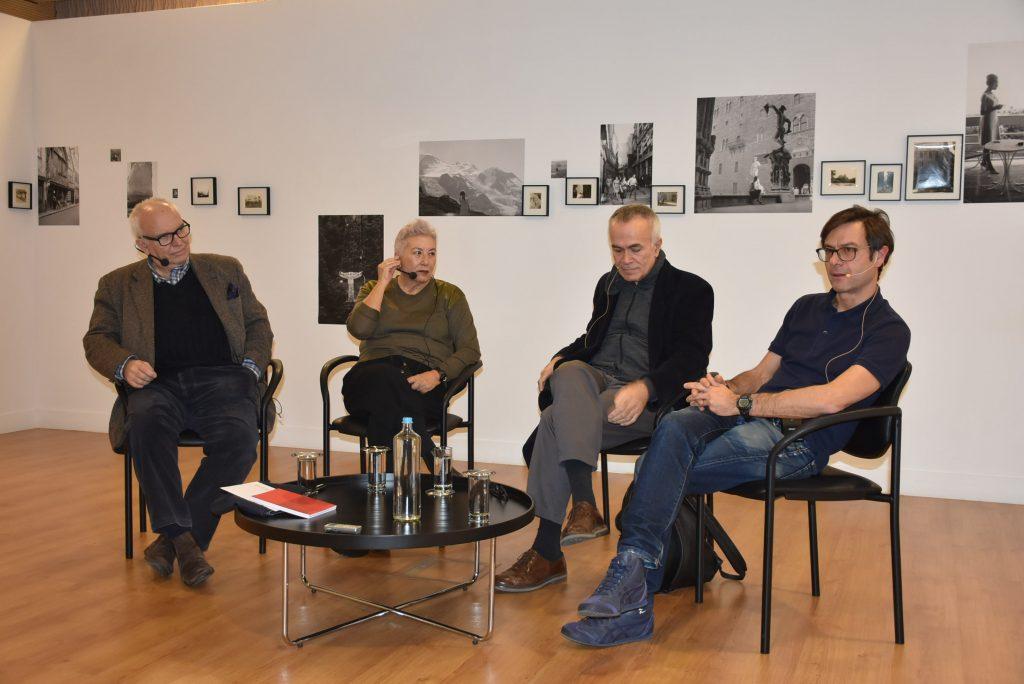Συζήτηση στρογγυλής τραπέζης με την ευκαιρία της έκθεσης Amour